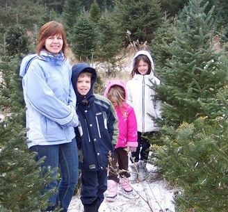 Christmas Tree Hunt, creating a positive family atmosphere