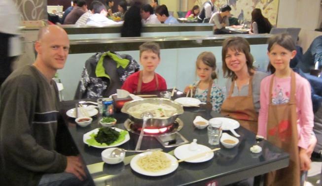 eat hot pot China